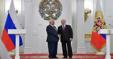 Putin awards Russian scientists for their success in super gravity clock