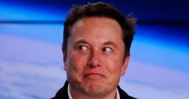 Elon Musk stirs up controversy again on Twitter