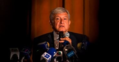 Mexican President defends agreement with Washington to stop the flow of refugees