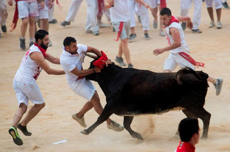 Spain: 3 including 2 US citizens suffered serious injuries in Pamplona bull run festival