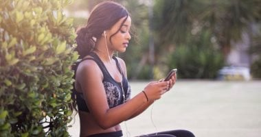 Do fitness devices and applications affect eating disorders?