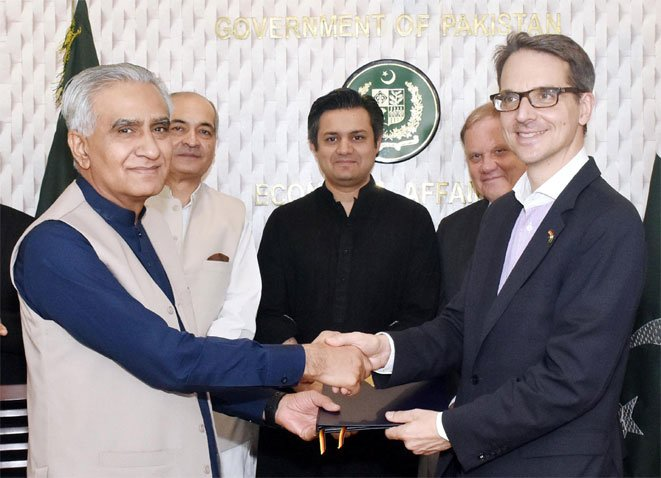 Germany supports energy and health projects in Pakistan with 22.4 million euros