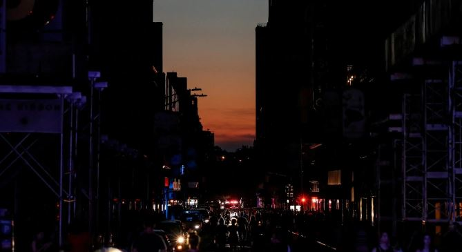 42,000 New York residents fallen into dark after electricity cut off