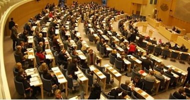 Sweden refrains from UN nuclear non-proliferation treaty