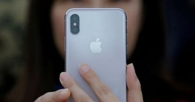 Apple to invade the market with three iPhone models next month
