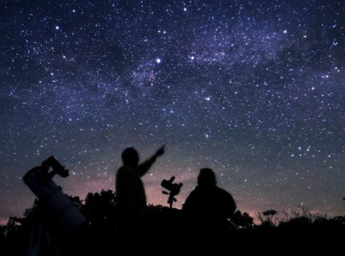 4 basic tips and tricks to see stars in light-polluted cities