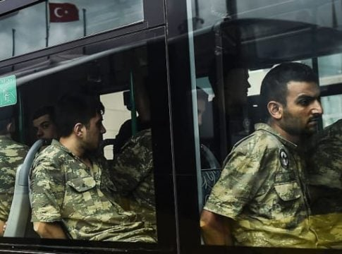 Turkey arrests more than 200 soldiers accused of supporting Gulen movement