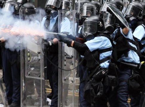 Hong Kong: Police used tear gas and rubber bullets to disperse violent protesters