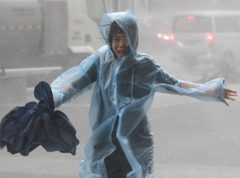 3 killed, 20 others injured by typhoon Lingling in South Korea