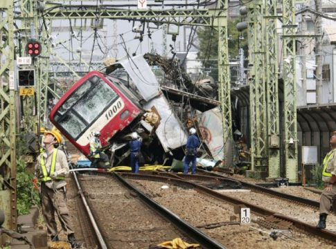 Tokyo: 35 injured after a train collided with truck