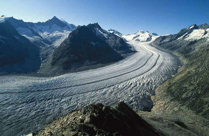 Glaciers in Switzerland contracts 10 percent in past five years