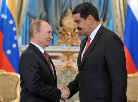 Venezuela and Russia signs military and economic agreements