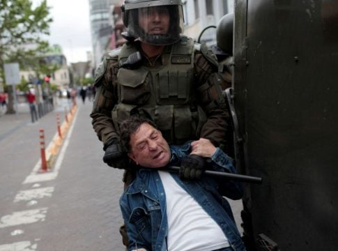 Chile: President Pinera condemns police abuses in dealing with protesters
