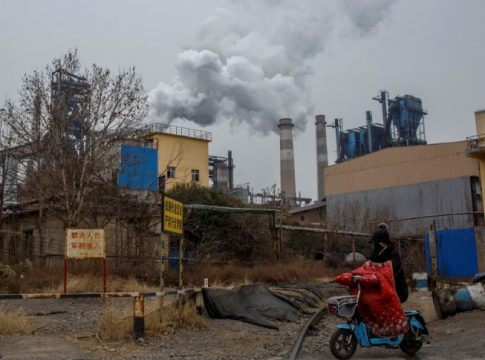 China aims to tackle pollution by 2022