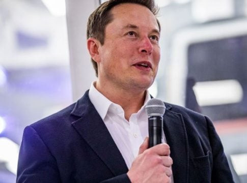 Elon Musk returns to Twitter without the explanation