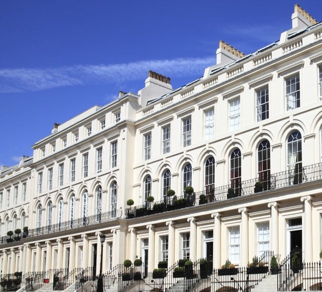 London luxury real estate on the rise, despite political uncertainty