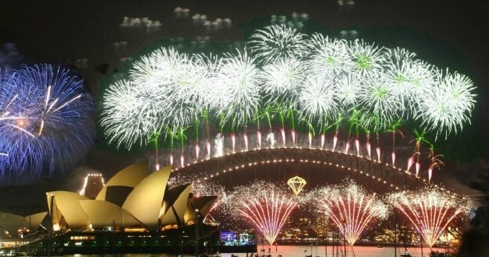 Sydney welcomes 2020 with fireworks show amid forest fires