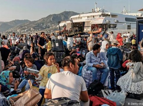 Greece expects 100,000 migrants in 2020
