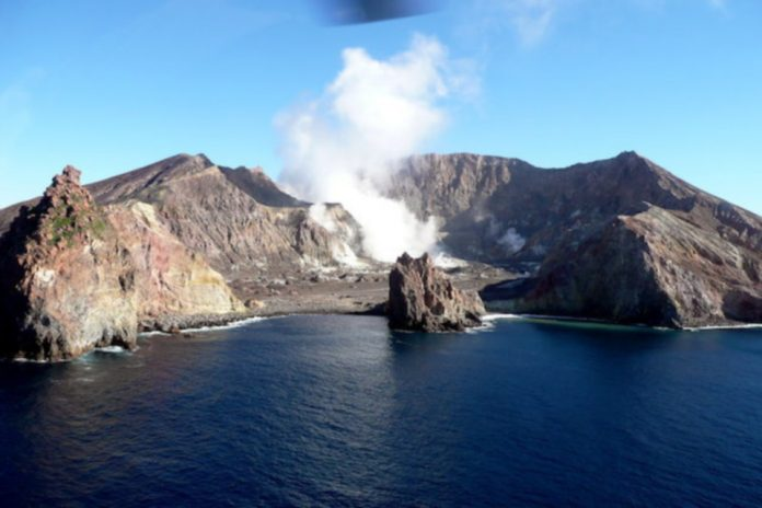 New Zealand police stop mission in search of two missing victims of volcanic prey